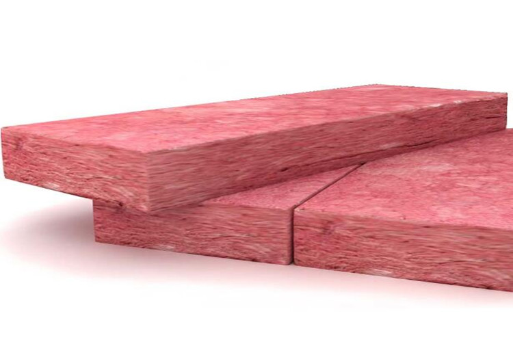 Pink fiber glass wool batt