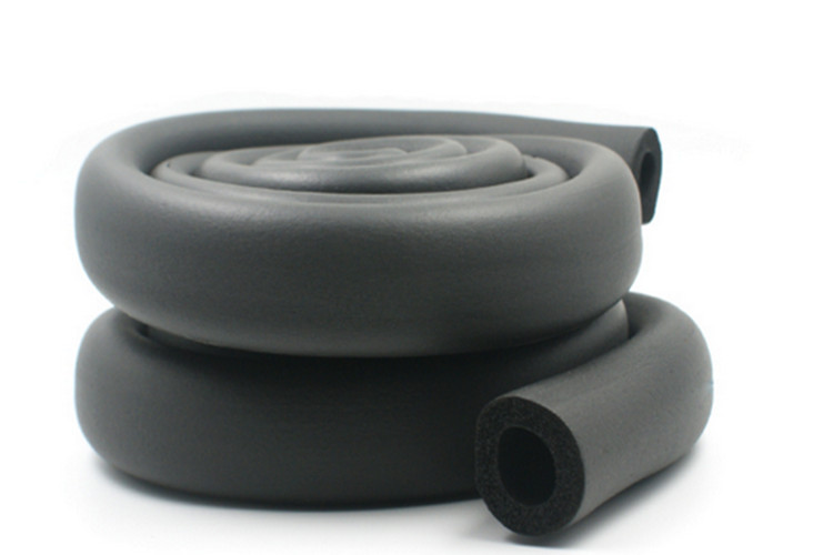 B1 grade rubber foam insulation pipe